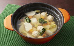 写真: カブとつくねの団子スープ煮