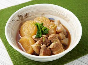 写真: 大根と豚のべっこう煮
